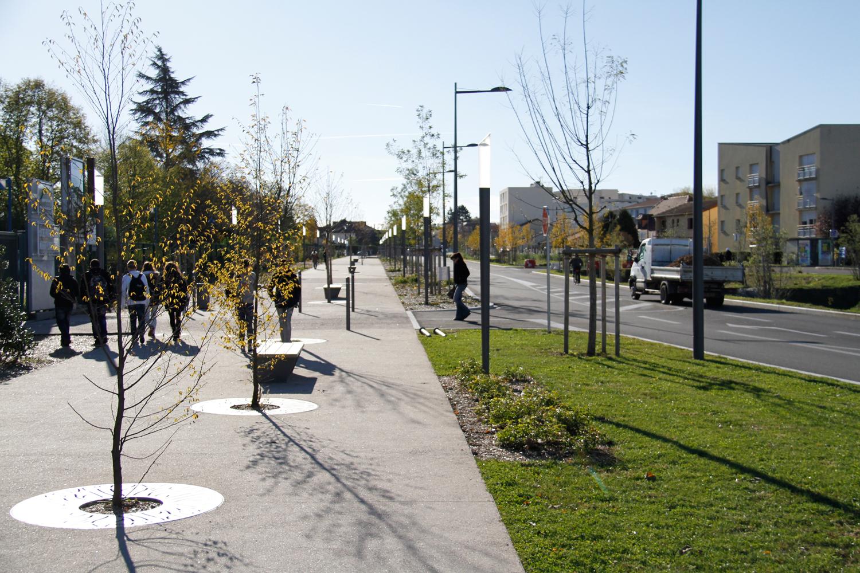 Le boulevard urbain / avenue de la Liberté