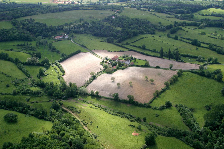 Une ferme à Bost